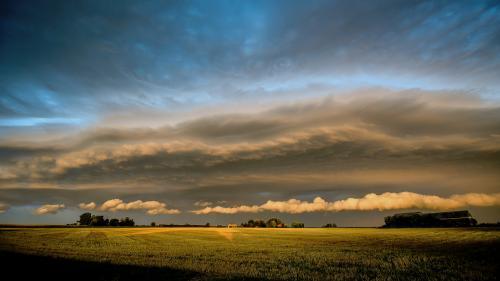 Le réchauffement climatique pourrait faire disparaître les nuages ? Le scientifique à l'origine de cette étude vous explique tout