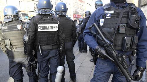 """""""Gilets jaunes"""" : le député """"insoumis"""" Loïc Prud'homme dit avoir été """"matraqué"""" à Bordeaux"""