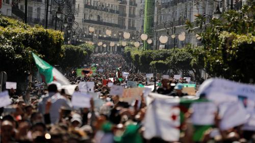 """DIRECT. """"Bouteflika dégage !"""" : des milliers depersonnes manifestent en Algérie contreleurprésident"""