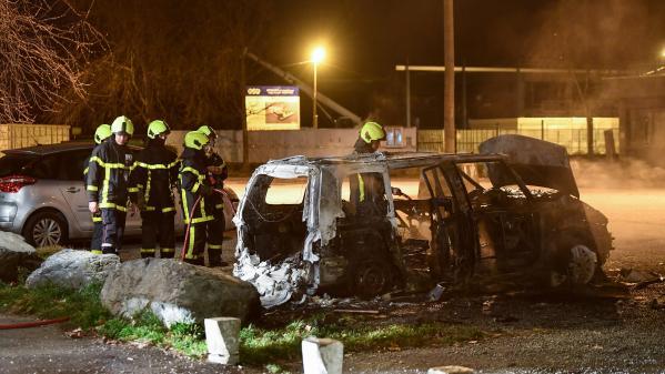 Grenoble : ce que l'on sait de la mort de deux jeunes sur un scooter lors d'une course-poursuite