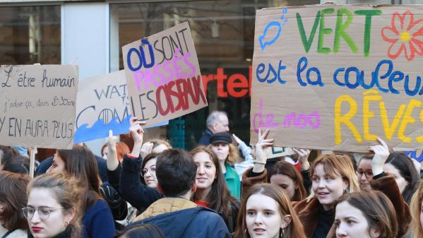 Mobilisation pour le climat : les adolescents en première ligne