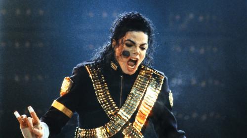 """Que révèle """"Leaving Neverland"""", le documentaire choc qui donne la parole à des victimes présumées de Michael Jackson?"""
