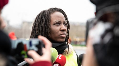 """""""Gilets jaunes"""" : 53% des Français estiment que les médias ont mal couvert le mouvement, selon un sondage"""