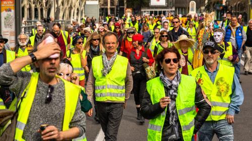 """DIRECT. """"Gilets jaunes"""": 7000manifestants en France à 14heures, selon le ministère de l'Intérieur"""