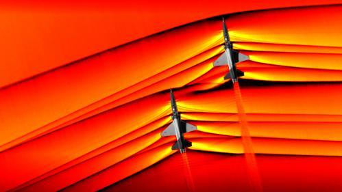 La Nasa prend des images inédites des ondes de choc de deux avions franchissant ensemble le mur du son