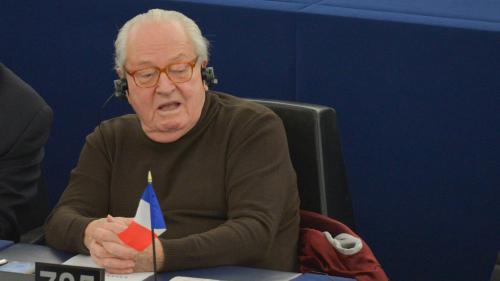 Assistants parlementaires du FN : le Parlement européen lève l'immunité de Jean-Marie Le Pen