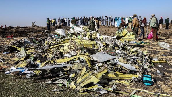 """Crash en Ethiopie : les données des boîtes noires montrent des """"similarités claires"""" avec l'accident d'un Boeing du même type de Lion Air en octobre"""