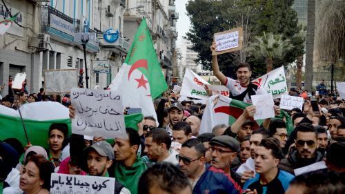 """""""Je n'appartiens à aucun courant"""": en Algérie, la défense d'un mouvement spontané, sans """"leader ni héros"""""""