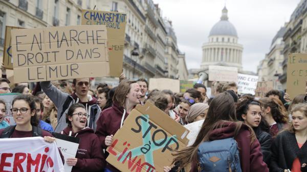 Climat : la jeunesse mobilisée en masse dans les plus grandes villes de France