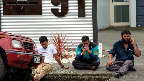 """VIDEO. Nouvelle-Zélande : """"J'ai vu des gens par terre"""", témoigne un fidèle après les attentats qui ont visé deux mosquées à Christchurch"""