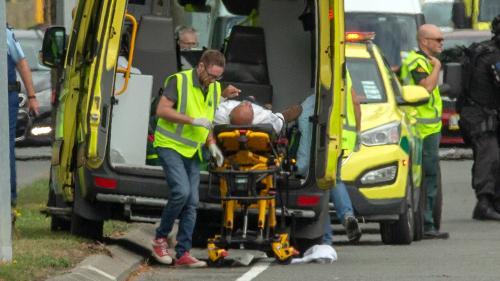 """""""Mon cœur est meurtri"""" : les All Blacks expriment leur émotion après les attentats contre deux mosquées à Christchurch"""