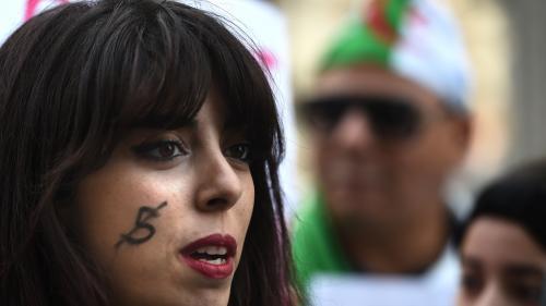 """""""Les choses sont peut-être en train de s'éclaircir"""" : quand la jeune diaspora algérienne envisage un retour au pays"""