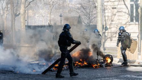 """""""Gilets jaunes"""" : y a-t-il eu des failles dans le dispositif de sécurité lors du 18e samedi de manifestation ?"""