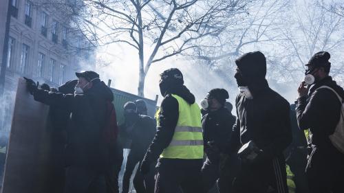 nouvel ordre mondial   Champs-Élysées : le dispositif de sécurité pose question