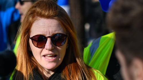 """Violences lors des manifestations des """"gilets jaunes"""" : Ingrid Levavasseur """"ne tolère plus la façon dont ça se déroule"""" et ne manifestera plus"""