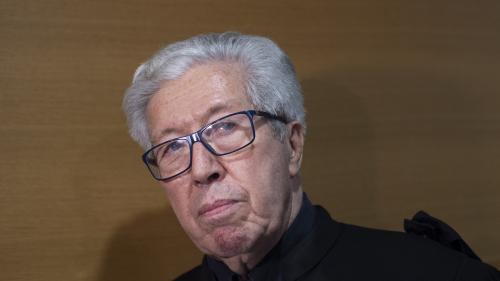 """Démission du cardinal Barbarin refusée : l'archevêque de Lyon """"doit s'incliner devant la décision du pape"""", estime l'un de ses avocats"""