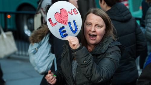 Brexit : une pétition britannique signée par plus d'un million depersonnes réclame le maintien du Royaume-Uni dans l'UE