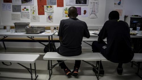 Le Conseil constitutionnel valide les examens osseux visant à déterminer l'âge des jeunes migrants