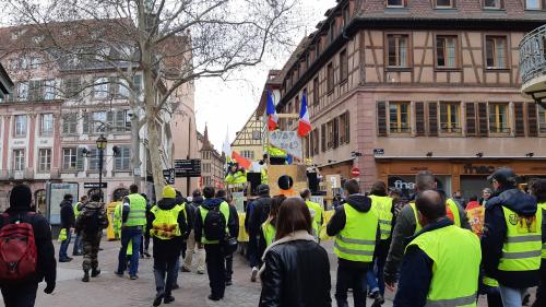 """Gilets jaunes"" : le point sur les interdictions de manifestations, région par région"