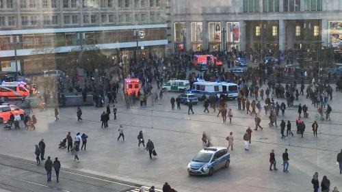 Allemagne : une rencontre de youtubeurs rivaux dégénère en bagarre générale à Berlin