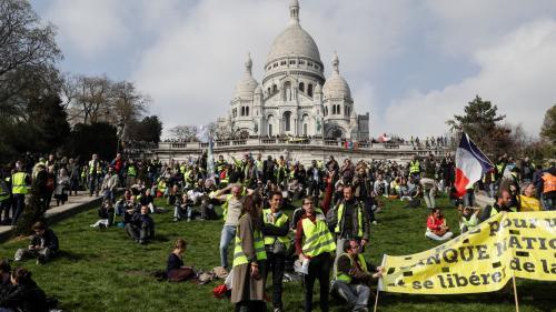 """DIRECT. """"Gilets jaunes"""" : 8 300 manifestants en France à 14 heures, dont 3 100 à Paris, selon le ministère de l'Intérieur"""