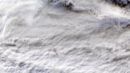 La Nasa diffuse des photos du grand météore que personne n'avait vu   https://www.francetvinfo.fr/sciences/espace/la-nasa-diffuse-des-photos-du-grand-meteore-que-personne-n-avait-vu_3246515.html…pic.twitter.com/LgoIl0jQzA