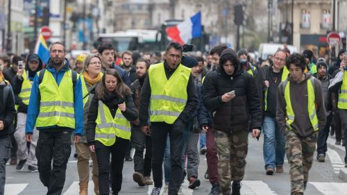 """DIRECT. """"Gilets jaunes"""" : l'avenue des Champs-Elysées barricadée avant la 19e journée de mobilisation"""