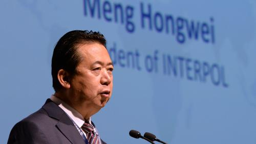 Sans nouvelles de son mari, l'épouse de l'ex-patron chinois d'Interpol en appelle à Emmanuel Macron