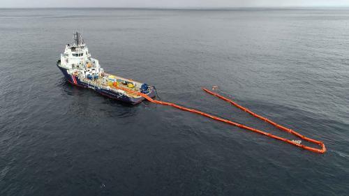 """Naufrage du """"Grande America"""" : quatre questions sur la nappe de fioul qui menace les côtes françaises"""