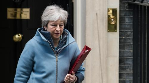 Brexit : pourquoi la Première ministre britannique Theresa May est plus isolée que jamais
