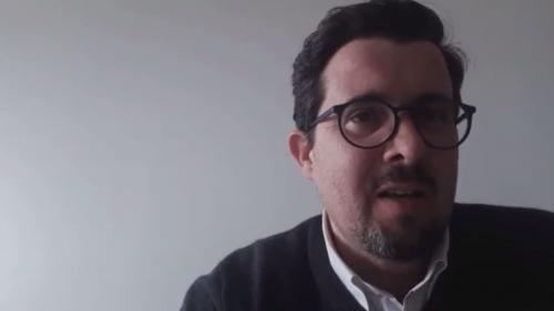 """VIDEO. Violences contre les Roms : la rumeur est """"le marché noir de l'information"""""""