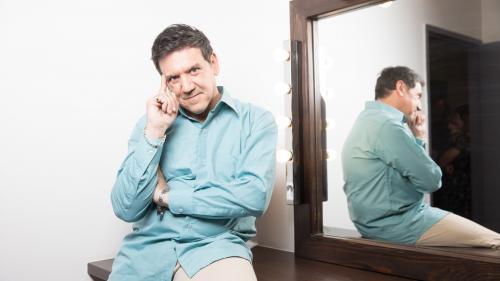 """L'animateur télé Jean-Luc Reichmann """"sous le choc"""" après la mise en examen de Christian Quesada, champion des """"12 Coups de midi"""""""