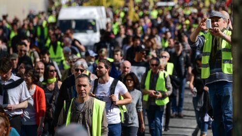 """""""Gilets jaunes"""" : 33 700 personnes ont manifesté en France, selon le ministère de l'Intérieur"""