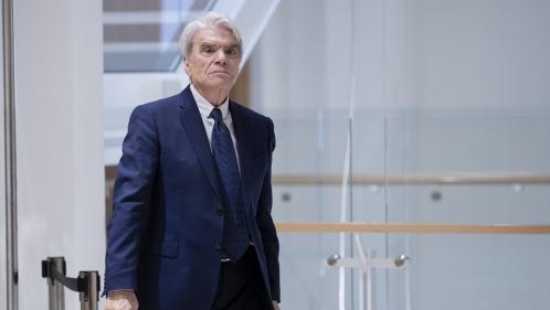 """Procès de Bernard Tapie : le parquet requiert 5 ans de prison ferme contre l'homme d'affaires, jugé pour """"escroquerie"""""""