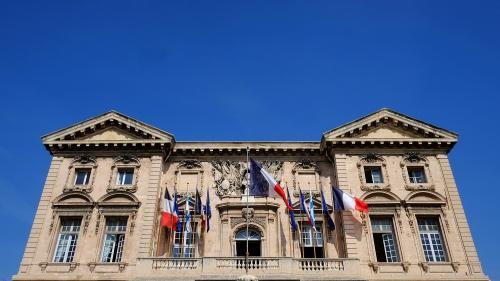 Maires : le gouvernement envisage des formations systématiques