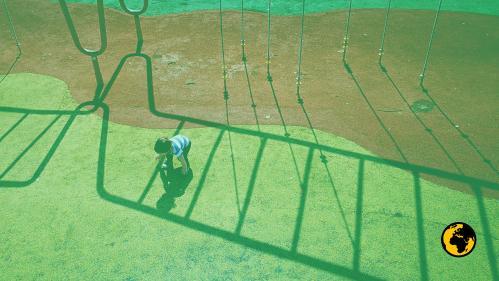 #AlertePollution : les sols amortissants des aires de jeux sont-ils toxiques ?