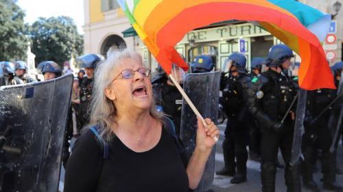 """""""Gilets jaunes"""" : Geneviève Legay, la manifestante blessée à Nice, va quitter les urgences"""