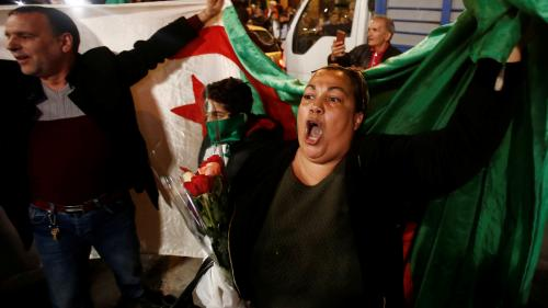 """DIRECT. Après la démission de Bouteflika, les Algériens veulent chasser le """"système"""" au pouvoir"""