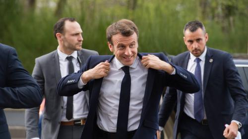 Pourquoi le déplacement d'Emmanuel Macron en Corse s'annonce brûlant