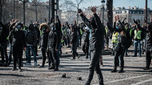 L'article à lire pour comprendre ce qu'est vraiment un black bloc