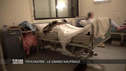"""VIDEO. Hôpitaux psychiatriques : """"Ici, on ne soigne pas les gens, on fait du gardiennage"""" témoigne un infirmier"""