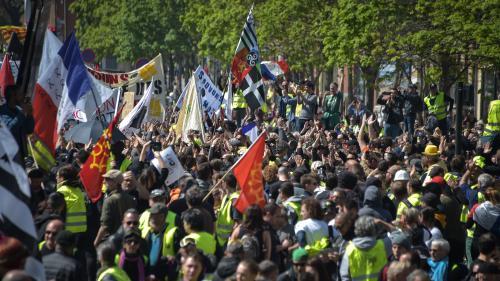 """""""Gilets jaunes"""" : le point sur la mobilisation à Paris et en région"""