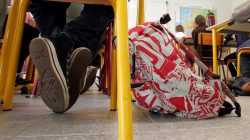 Saint-Denis : soutien à une enseignante agressée