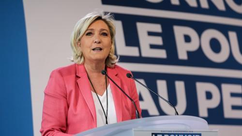 """Européennes : Marine Le Pen mise sur le """"localisme"""" et le """"juste échange"""" pour son projet"""