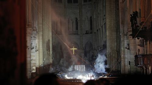 VIDEO. Incendie de Notre-Dame de Paris : les premières images de l'intérieur de la cathédrale