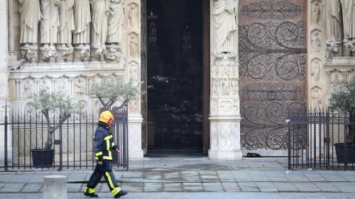 Notre-Dame de Paris : des sénateurs LR proposent de porter à 90% la réduction d'impôt des dons jusqu'à 1 000 euros