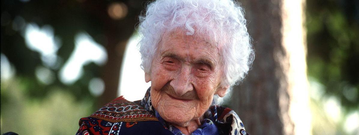 Jeanne Calment, la doyenne de l\'humanité morte à 122 ans, le 17 octobre 1995 à Arles (Bouches-du-Rhône).