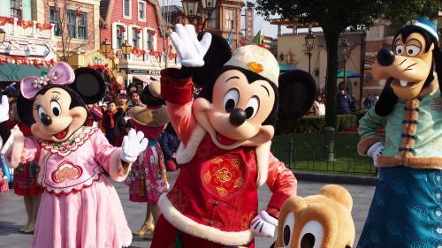 Disney promet cinq millions de dollars pour reconstruire Notre-Dame de Paris