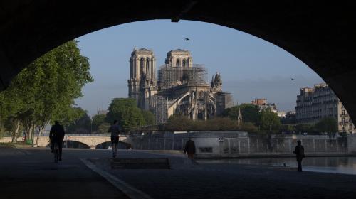VIDEO. Notre-Dame de Paris : les enquêteurs s'intéressent au système électrique