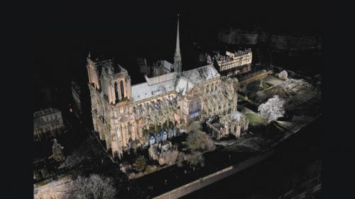 """""""J'ai utilisé la technologie pour faire parler les murs"""": un chercheur a cartographié Notre-Dame de Paris au laser avant sa mort"""